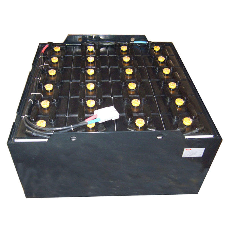 Traction battery, forklift battery